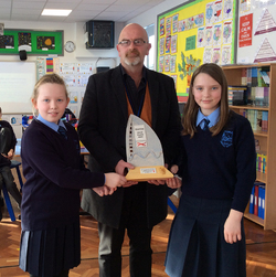 Kingsmill Primary receives Flagship Award picture